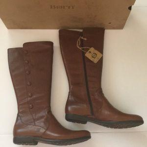 BORN Sage tan sauro boots